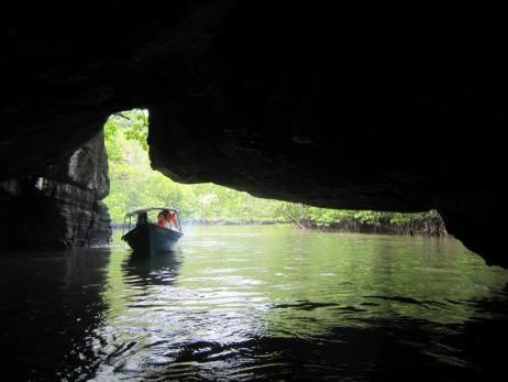 Crocodile Cave in Langkawi (photo Nihal Sh)